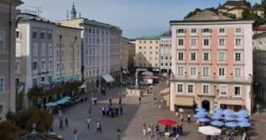 Alter Markt - Links Café Tomaselli
