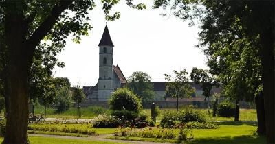 Bad Radkersburg - Stadspark en -muur