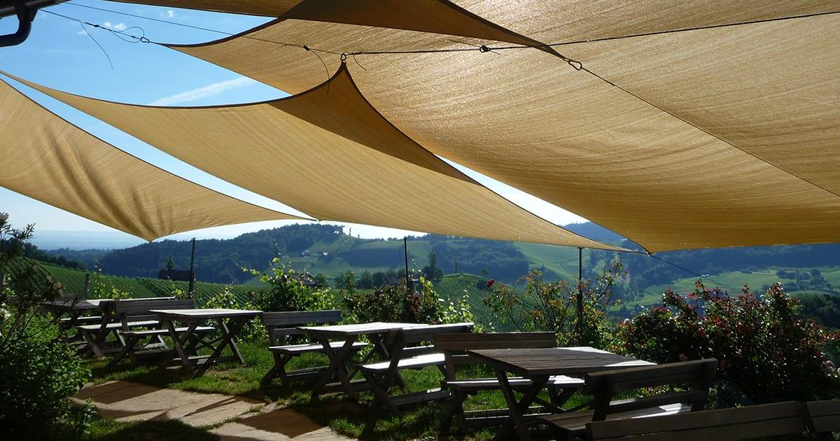 Terras van wijngoed Kögl