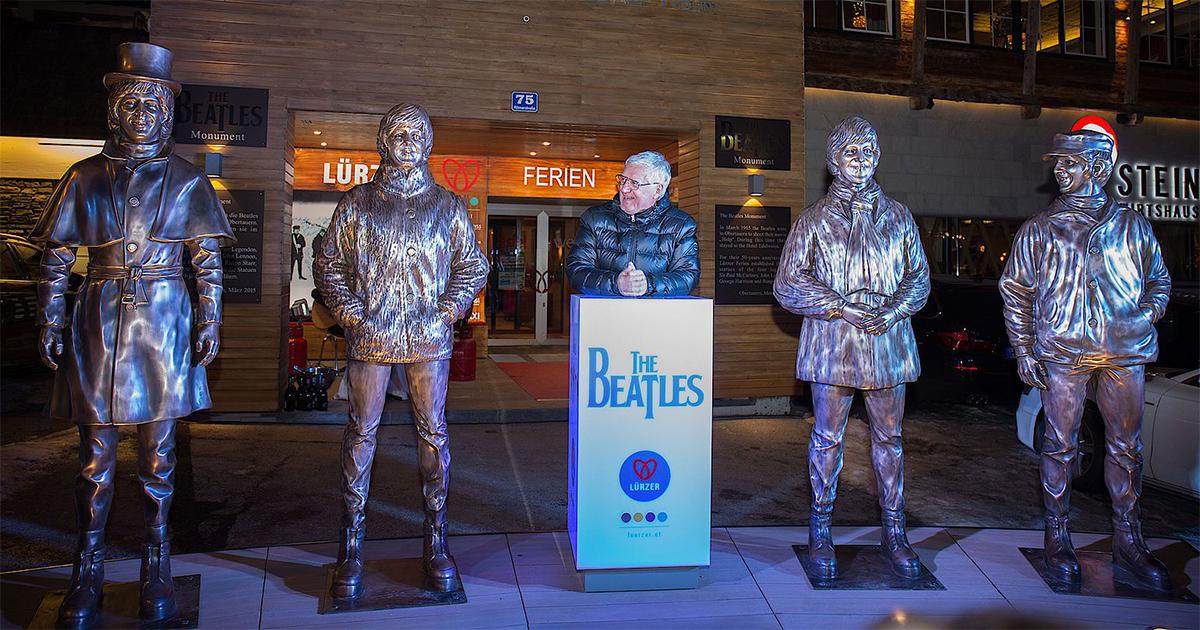 Herbert Lürzer tussen de Beatles