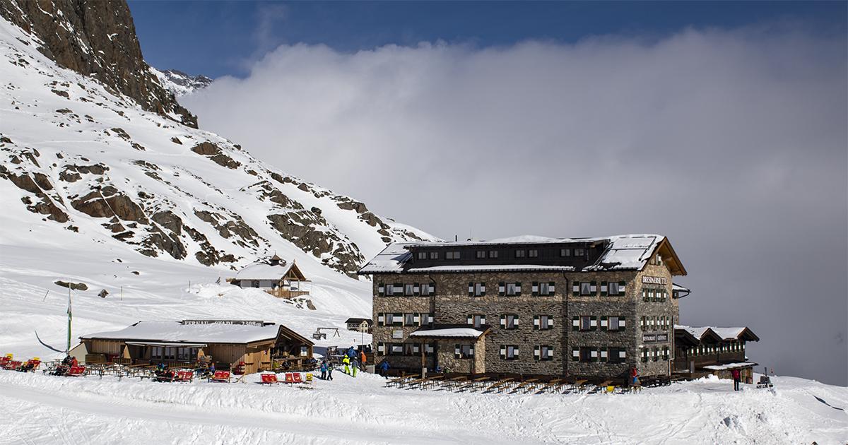 Dresdner Hütte bij de Stubaier Gletscher
