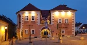 Raadhuis met toerismebureau