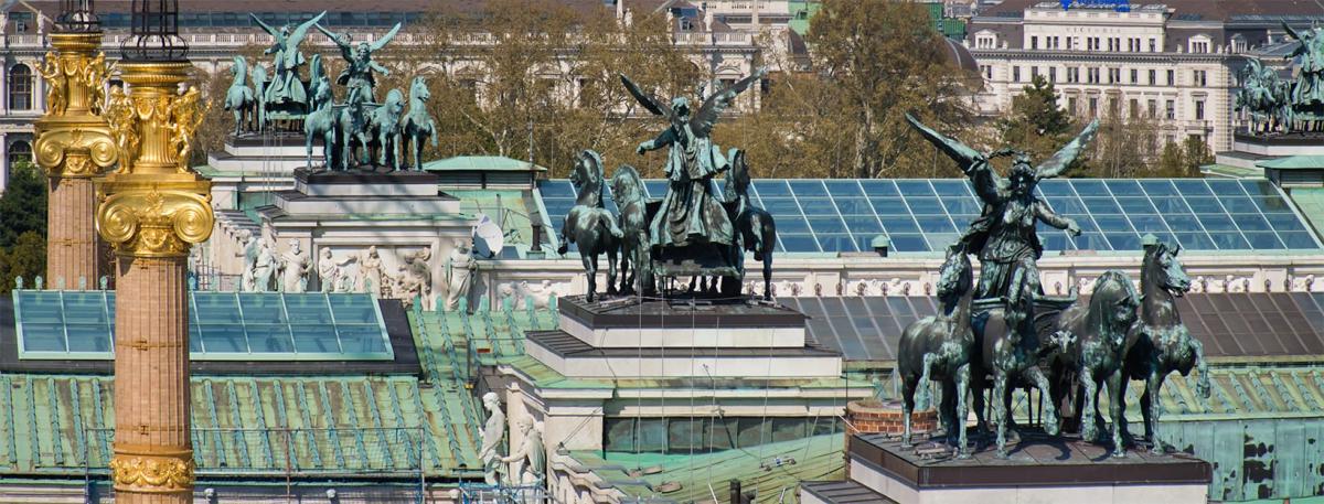 Uitzicht op het parlement van Oostenrijk vanaf het Justizcafé