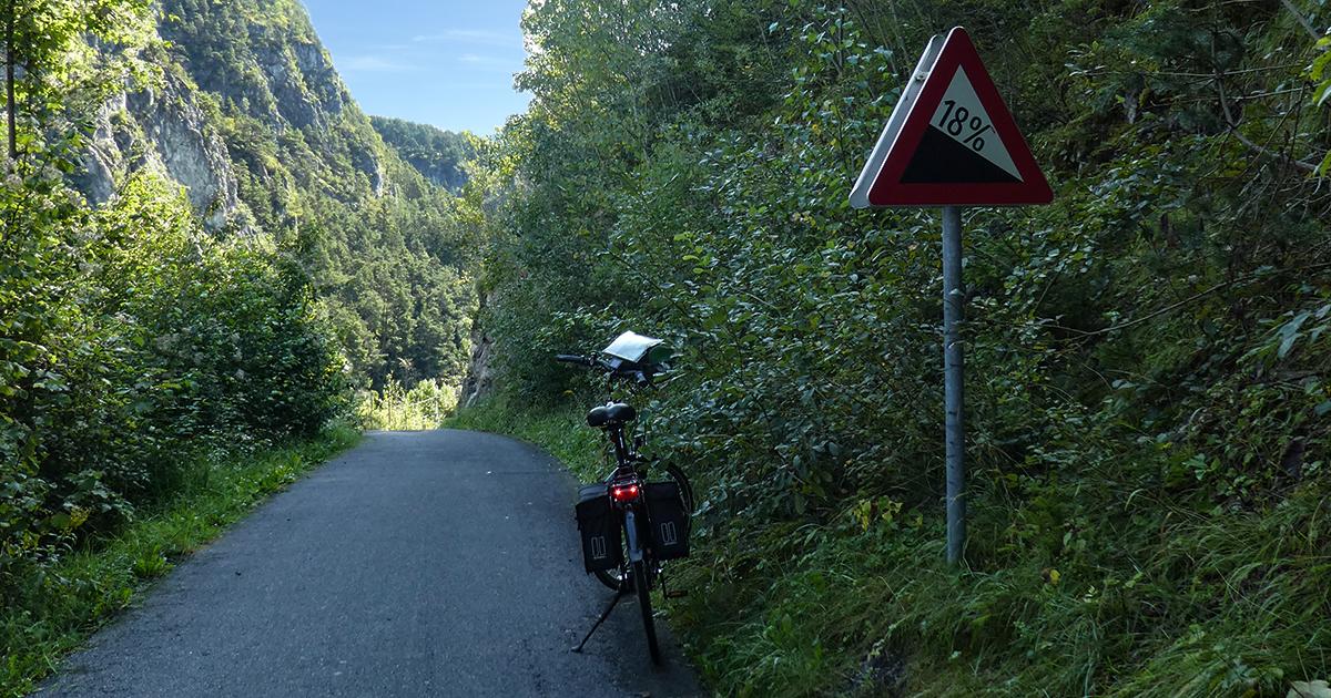 Afdaling bij de Pitzbach