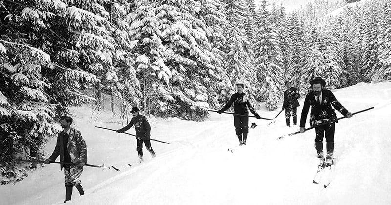 Strak in het pak skiën