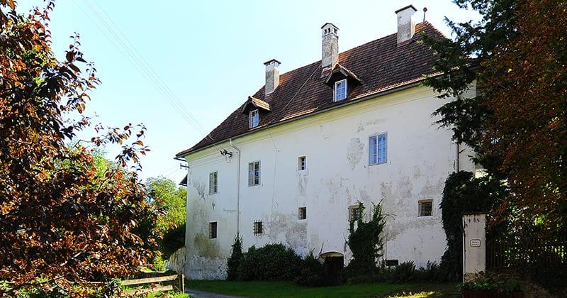 Der Tonhof