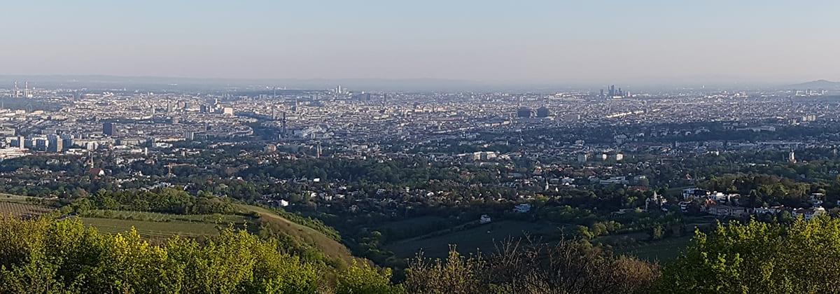 Uitzicht op Wenen vanaf de Kahlenberg