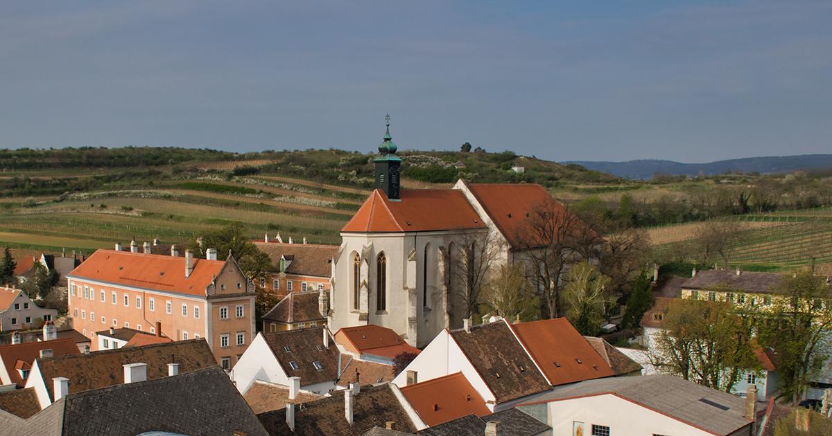 Dominikanerkerk en -klooster (links)