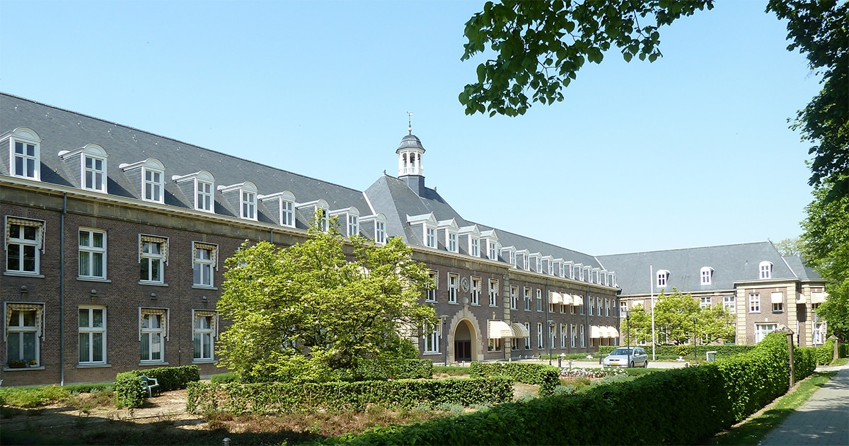 Voormalige vroedvrouwenschool in Heerlen