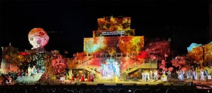 Turandot - Bühne na de pause